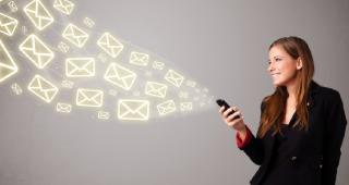 o2m-mailing-girl